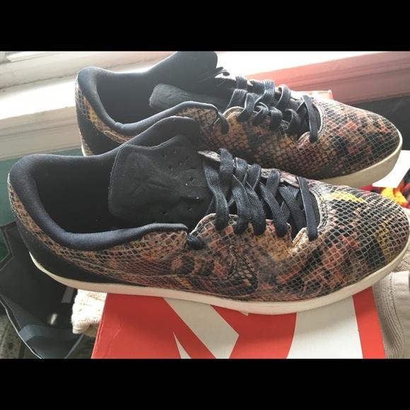 Nike Other - Kobe 8 Lifestyle NSW snakeskin